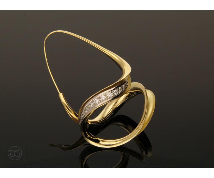 Antiklastischer Ohrhänger